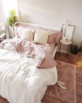 Wonderful Bedrooms Design Ideas With Vintage Touch That Will Thrill You30