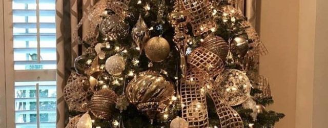 Awesome Rustic Christmas Tree Decorations Ideas