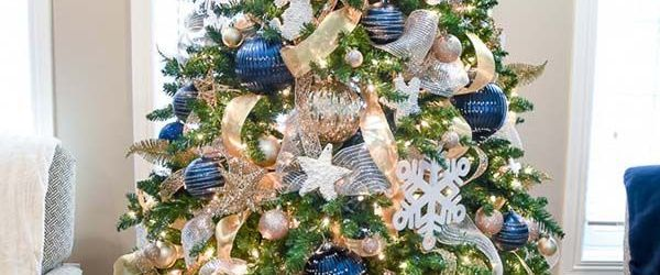 Admirable Blue And Gold Christmas Decorations Ideas