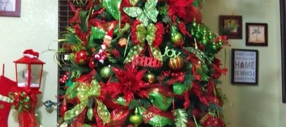 The Best Red And Green Christmas Tree Ideas