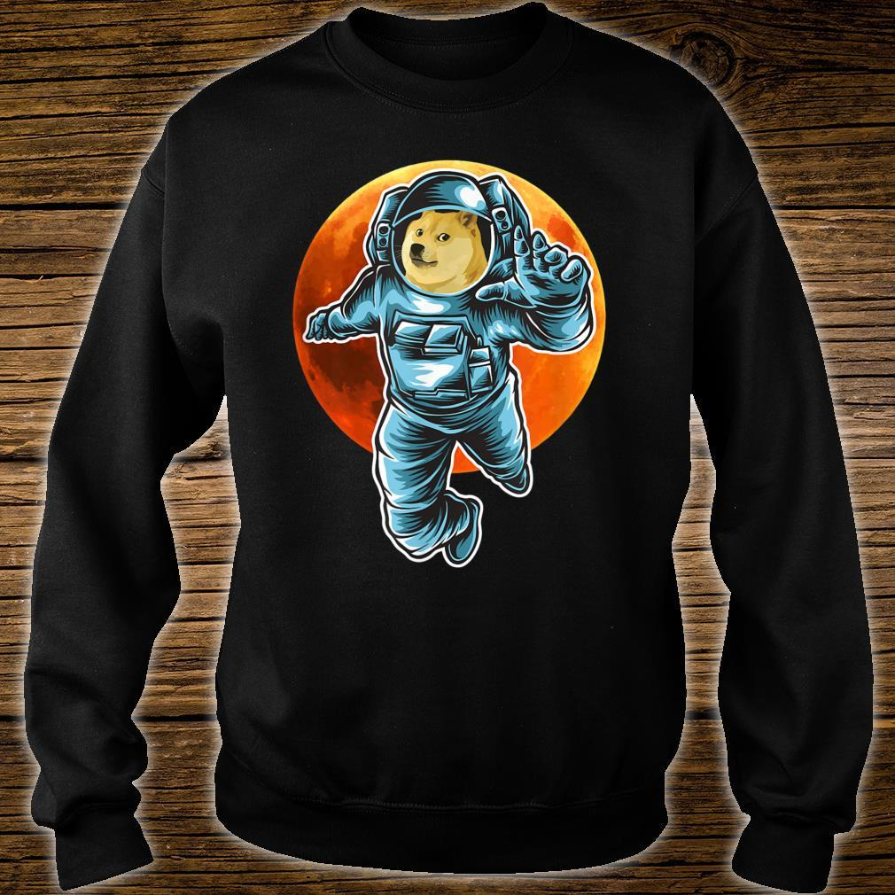 Dogecoin to the Moon Astronaut, Doge Space Suite Crypto Shirt sweater