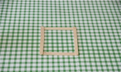 popsicle-stick-lamp-dip-feed-9