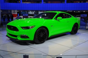 2015-ford-mustang-green