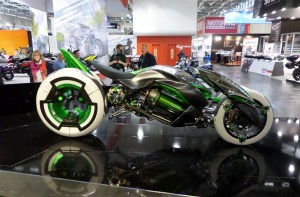 kawasaki-variable-architecture-j-concept-shows-up-at-intermot-video_5