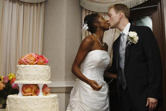 Alabama allows interracial marriages since 2000