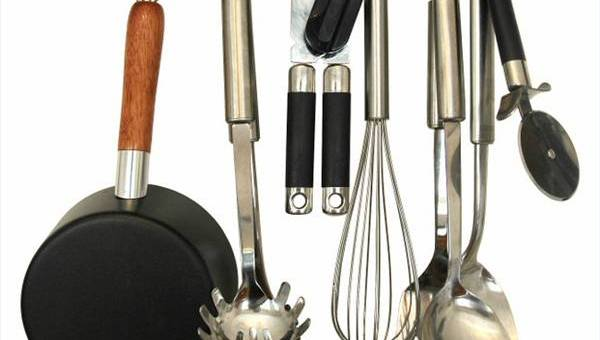 Top 7 Items to Own in Your Kitchen