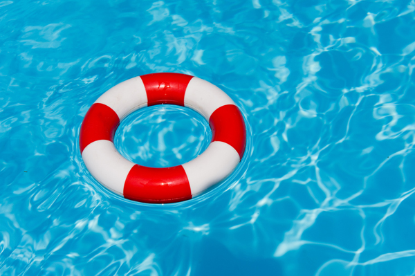 Man Dies At A Pool Party With A Bunch of Life Guards