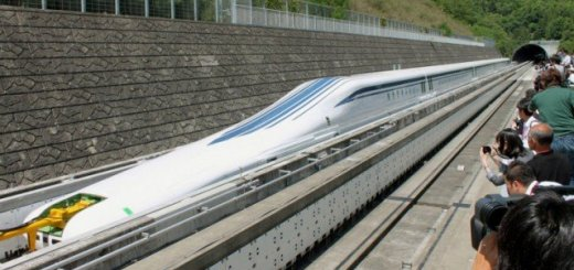 The maglev train of Japan breaks the world speed in a test run with 603km