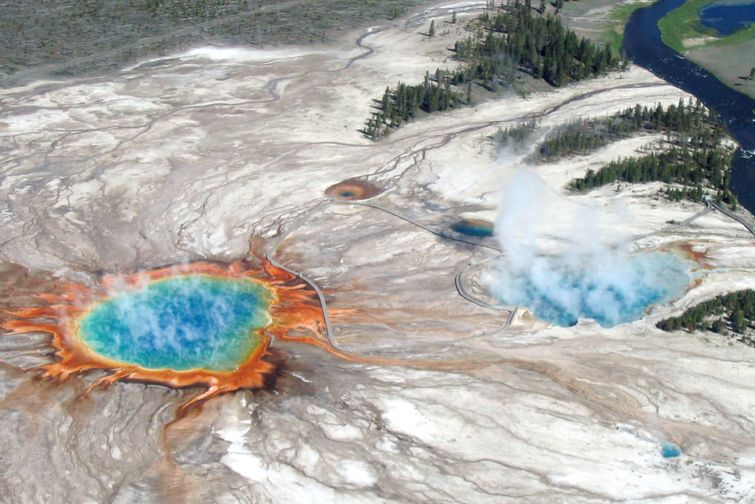 What if the Yellowstone super volcano erupted today