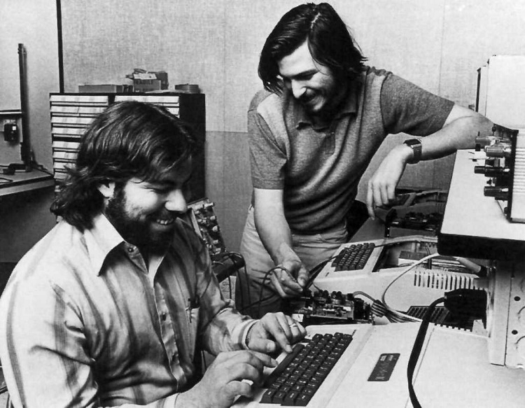 Steve Wozniak and steve jobs working on there first computer