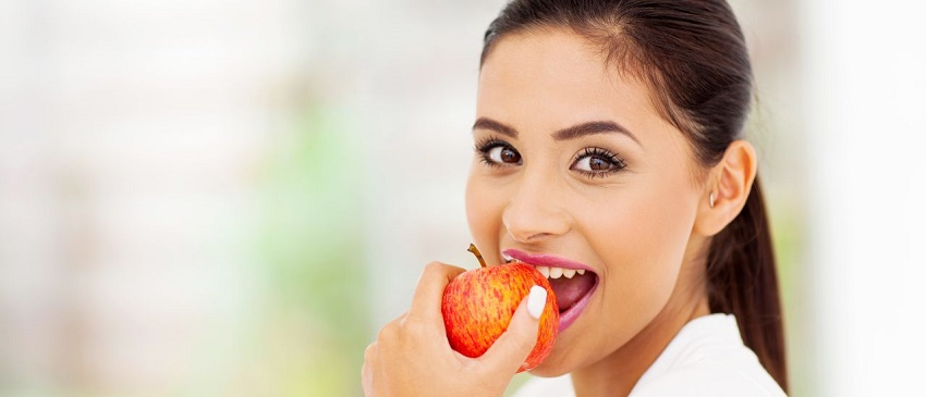 Have Teeth Cleansing Snacks like Apple, Carrots and Celery