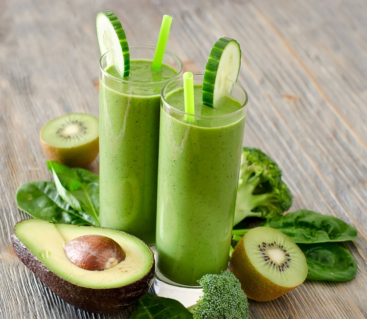 Kiwi and Cucumber Smoothie