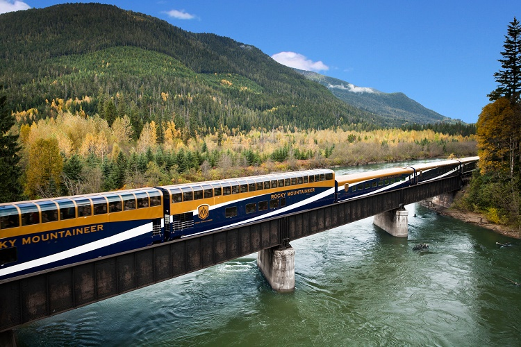 Banff to Vancouver railway route covers Calgary, Lake Louise and Kamloops