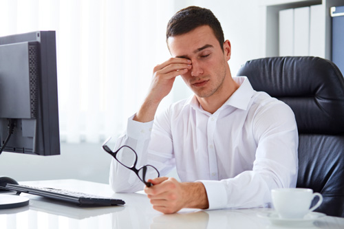 Diagnosis of eye twitching is a necessary aspect to consider