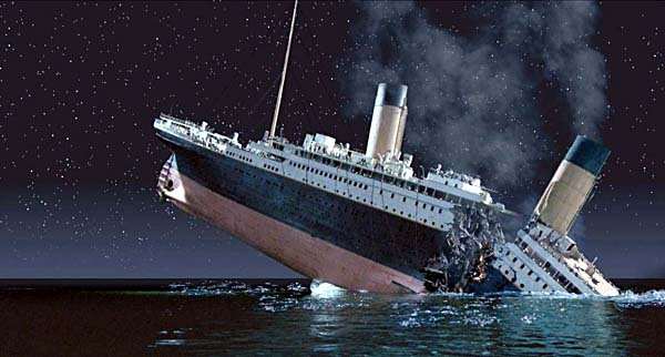 Sinking of Titanic ship
