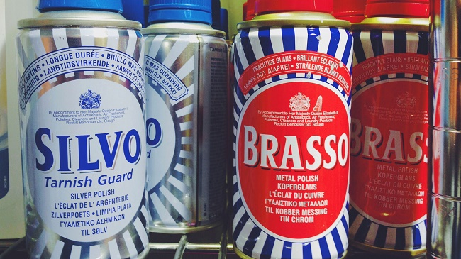 Brasso, Silvo or other polishes