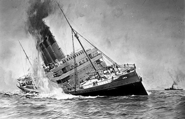 The sinking RMS Lusitania