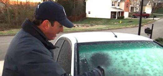 Watch how this weatherman cleans his frosted windshield with a DIY solution