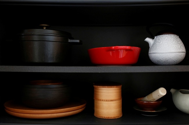 pots and pans for cooking
