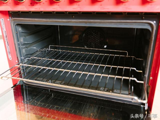 clean oven rack with dryer sheets