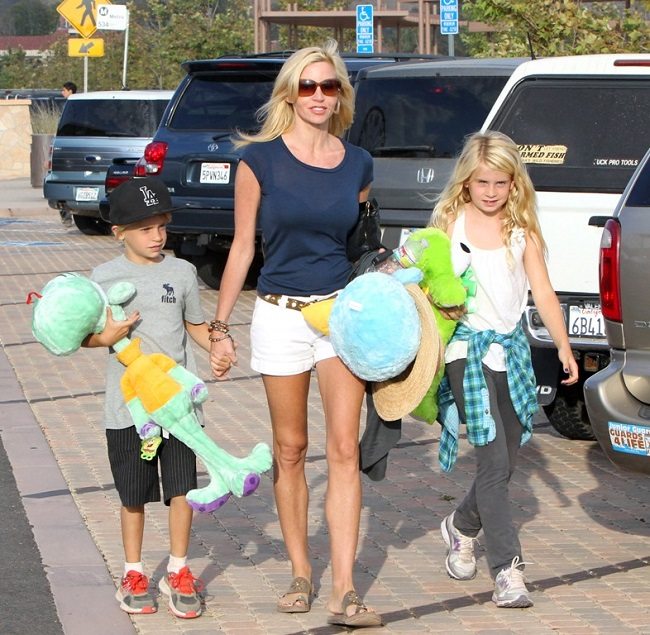 Camille Grammer with kids