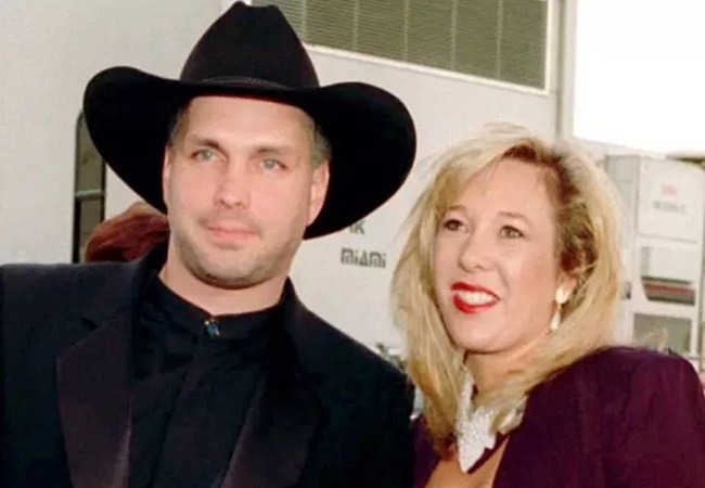 Garth Brooks & Sandy Mahl