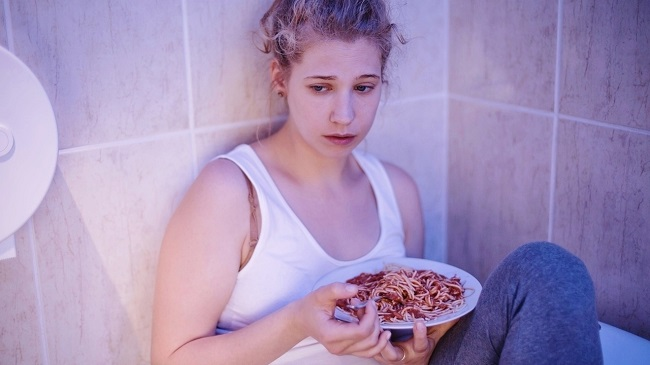 eating too much in depression