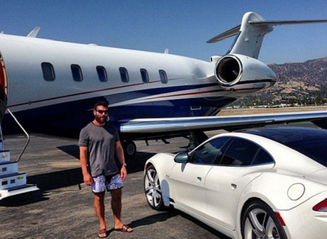 Dan Bilzerian private jet