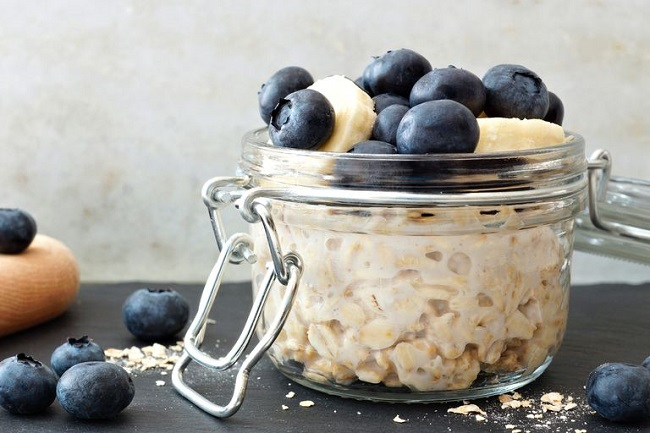 Oats and blueberries to lower cholestrol level