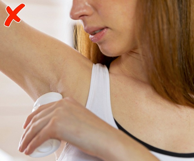 Avoid using deodorant before a mammogram