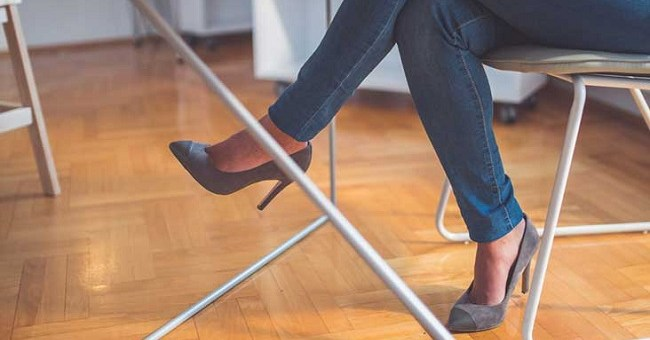 10 Reasons Why You Shouldn't Sit Cross-Legged