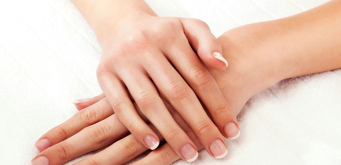 12 Easy Tips to Make Your Hands Look Younger and Softer