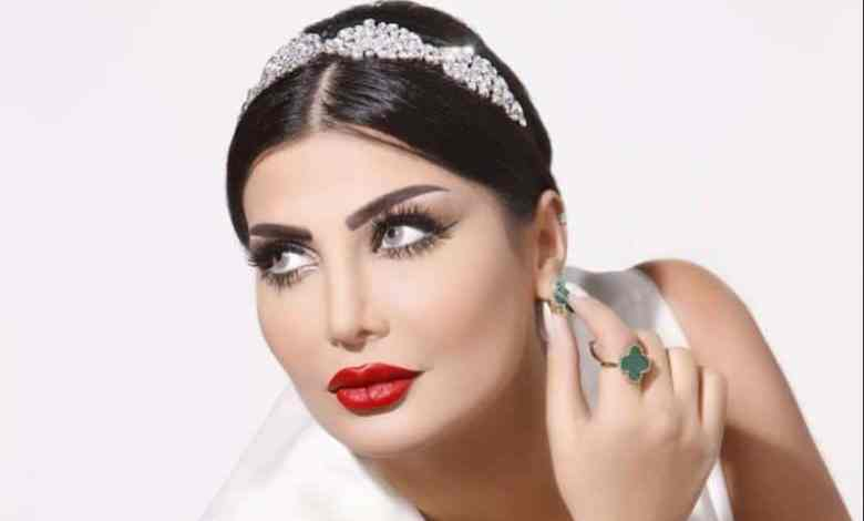 السعودية أمل الشهراني تنفجر في وجه سارة الودعاني وتطالبها بالاعتذار ( فيديو )