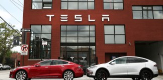 What Makes Tesla Such A Great Car?