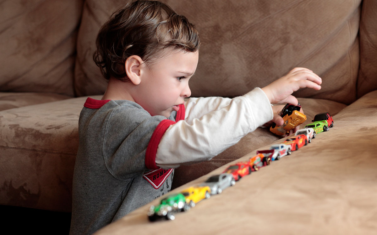 Learning Toys For Autism : Autism detected in young kids using deep learning algorithm