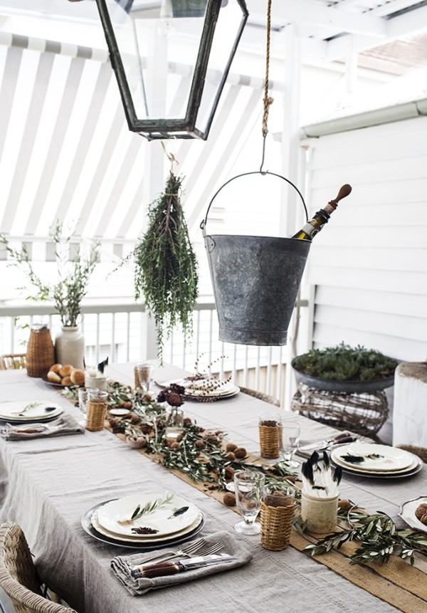 rustic-table setting-2 & 8 Best Rustic Table Settings