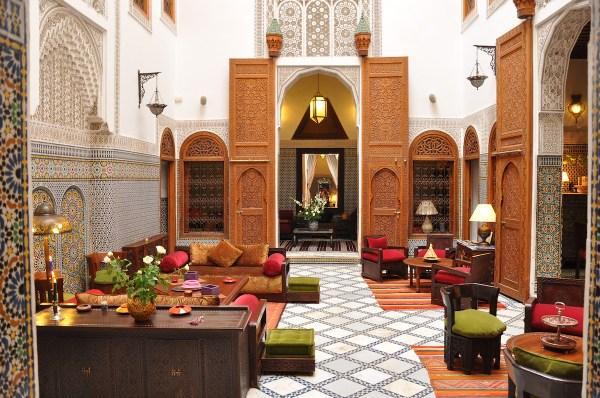 Moroccan-Courtyards-Riad-Roumana