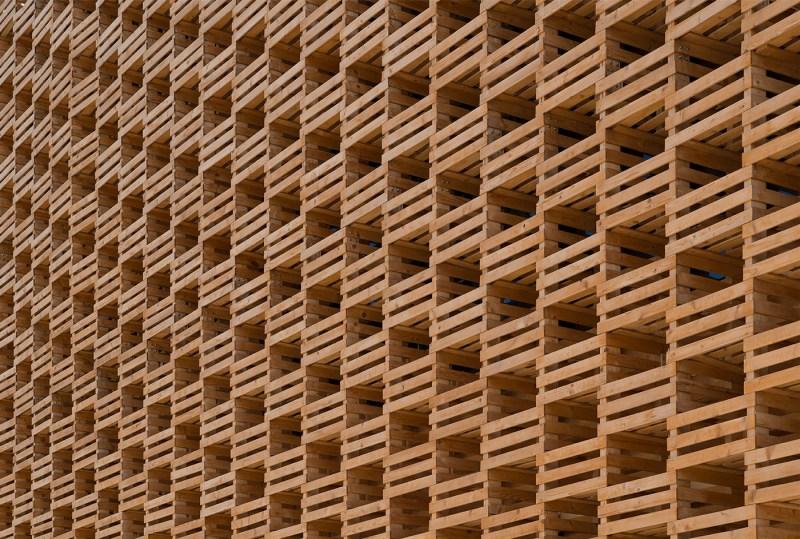 Andres-Gallardo-Albajar-expo-2015-architecture-photography-12