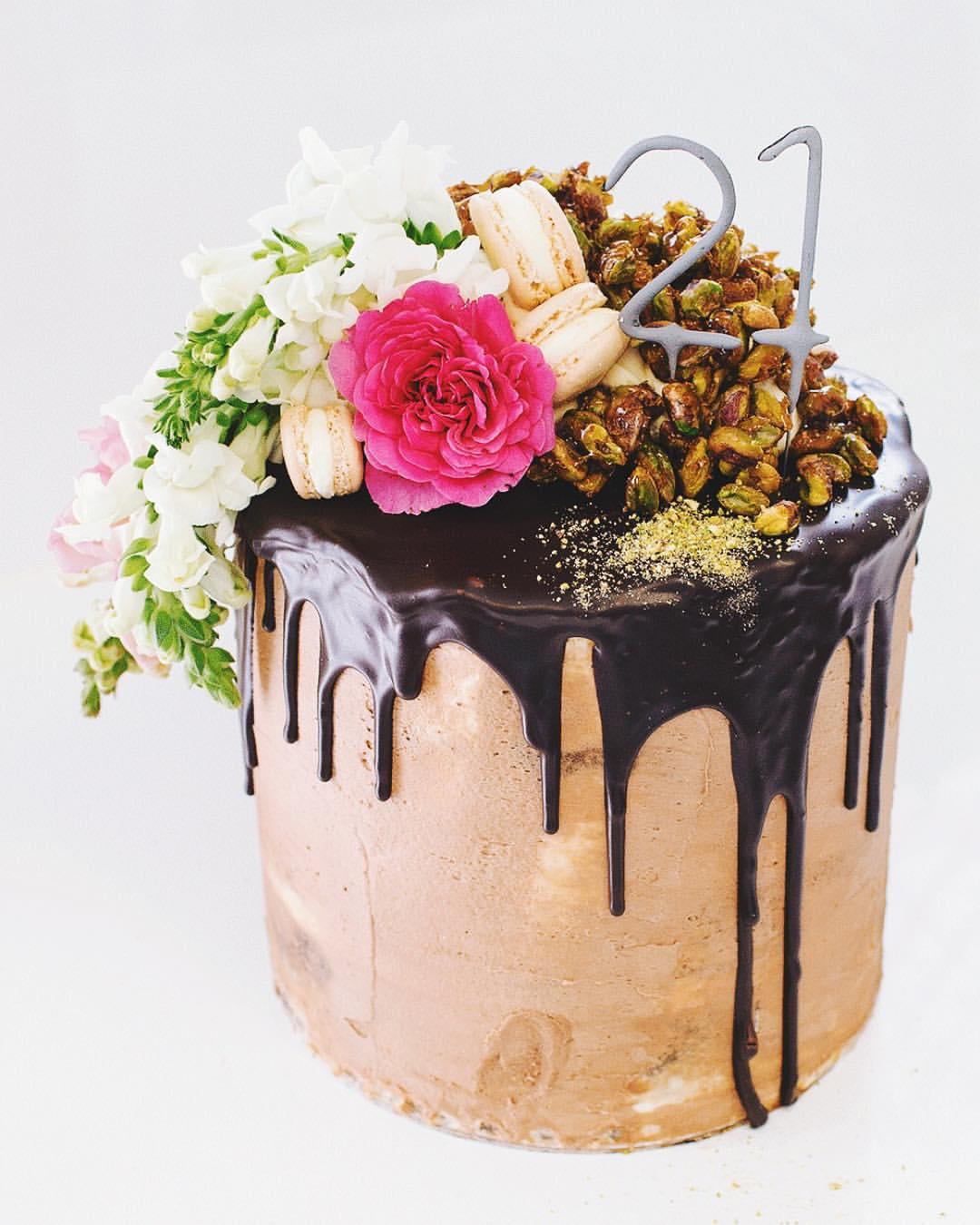 tomecakes-wedding-cakes-8