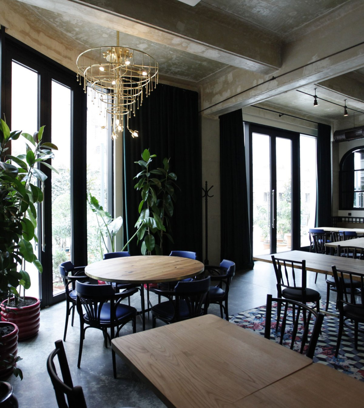 strada-cafe-restaurant-by-rooms-tbilisi-9