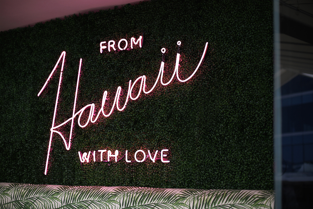 colorful-branding-for-hula-restaurant-by-parametro-5