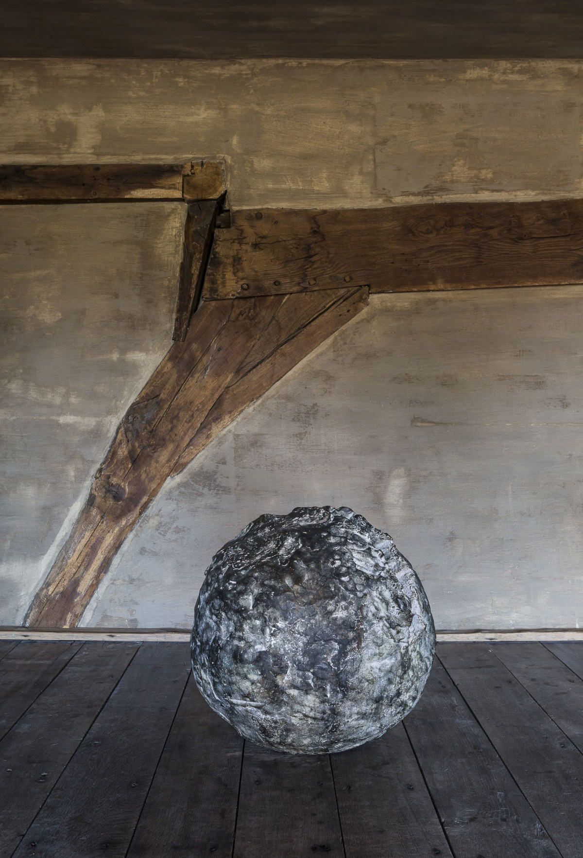 art-dealer-axel-vervoordt-belgian-estate-by-frederik-vercruysse-6