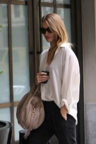 Rosie Huntington-Whiteley & Jason Statham Run Errands Together