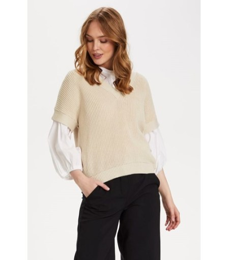 creme-knitted-pullover-1