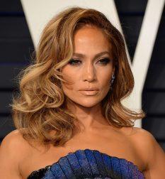 Jennifer-Lopez_-2019-Vanity-Fair-Oscar-Party--09