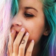 finger-tattoo-3
