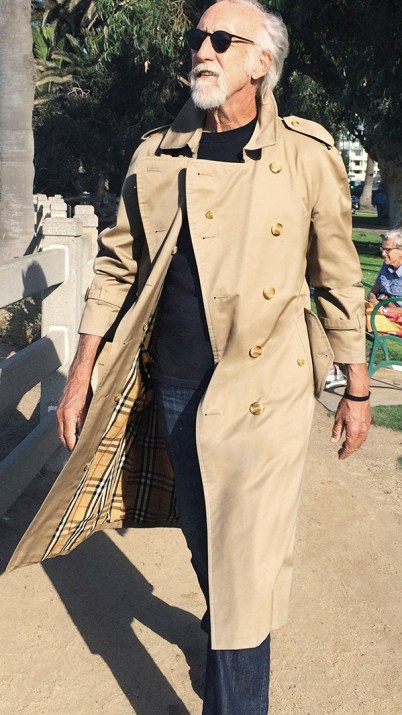 lee-clow-photographed-in-trench-coat-by-nicholas-haggard-in--d45f10f97ac3574afaa5bf73d4460aadf02059b4