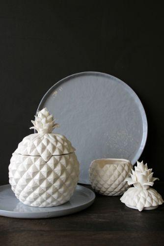 white-porcelain-pineapple-storage-jars-small-or-large-35536-p[ekm]334x501[ekm]