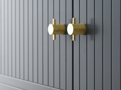 Superfront-1493-Storage-PARALLELS-Thunder-Grey-PHARMACY-Brass-SLENDER-LOW-Brass-Photo-Philip-Karlberg