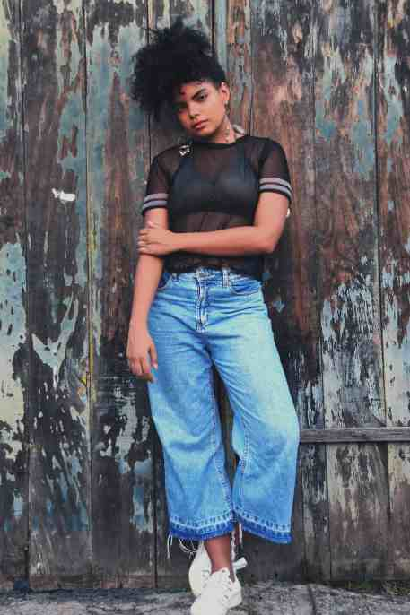 What-to-wear-to-GT-fashion-weekend-Mom-Jeans